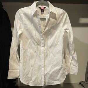 White House black market work blouse button up top